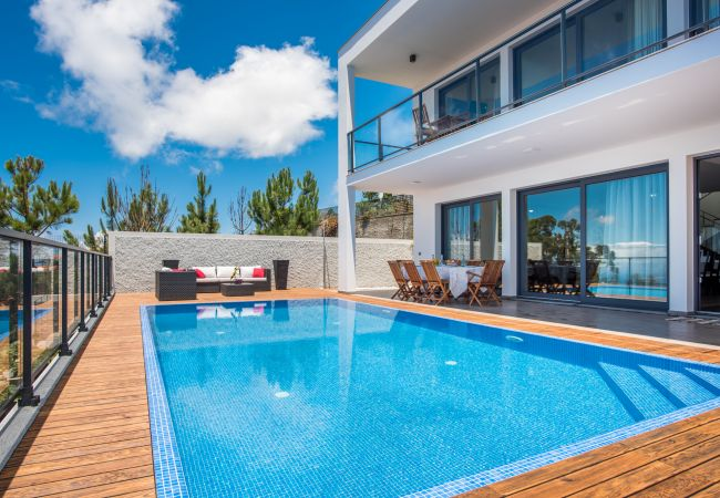 Villa em Prazeres - Villa Enjoy - by MHM - The Name Says it All