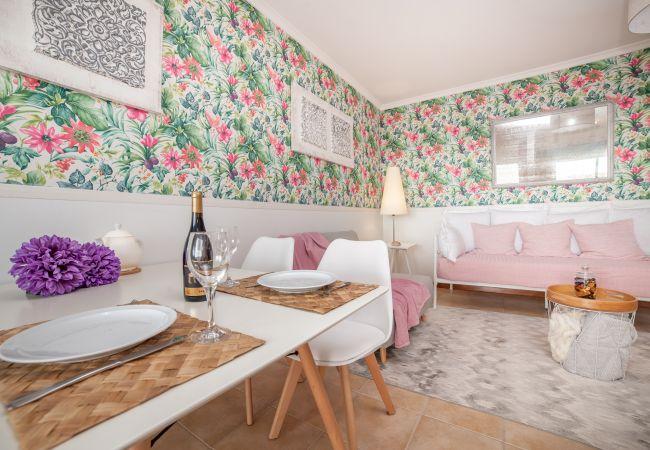 Apartamento em Caniço - Varanda Flor do Atlantico - by MHM